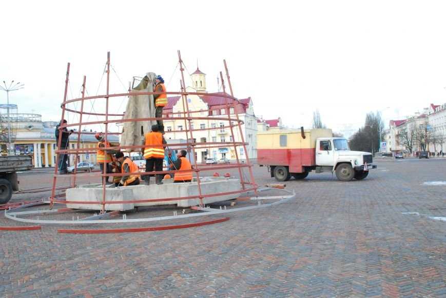 Главную новогоднюю елку Чернигова откроют 20 декабря, фото-1