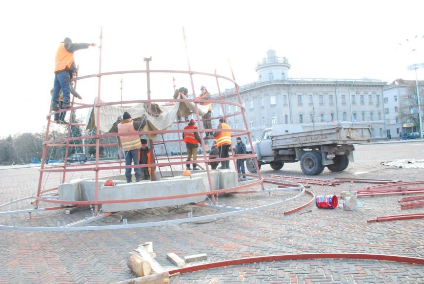 Главную новогоднюю елку Чернигова откроют 20 декабря, фото-3
