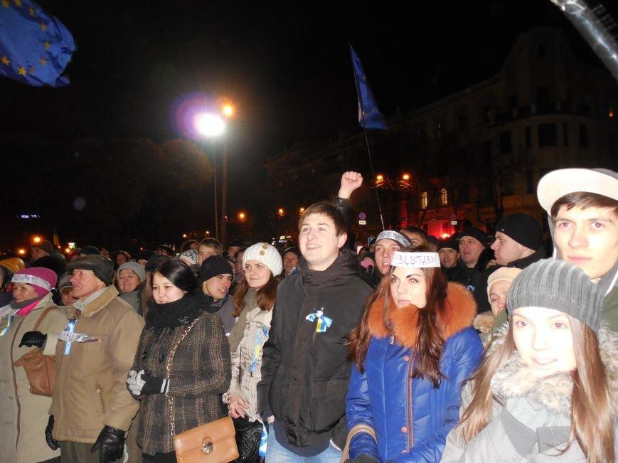 В поддержку «евромайдана» под памятником Шевченко выступили харьковские рокеры (фото, видео), фото-21