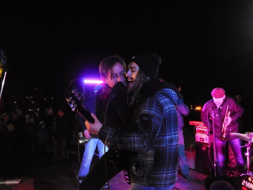 В поддержку «евромайдана» под памятником Шевченко выступили харьковские рокеры (фото, видео), фото-16