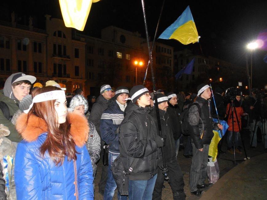 В поддержку «евромайдана» под памятником Шевченко выступили харьковские рокеры (фото, видео), фото-7