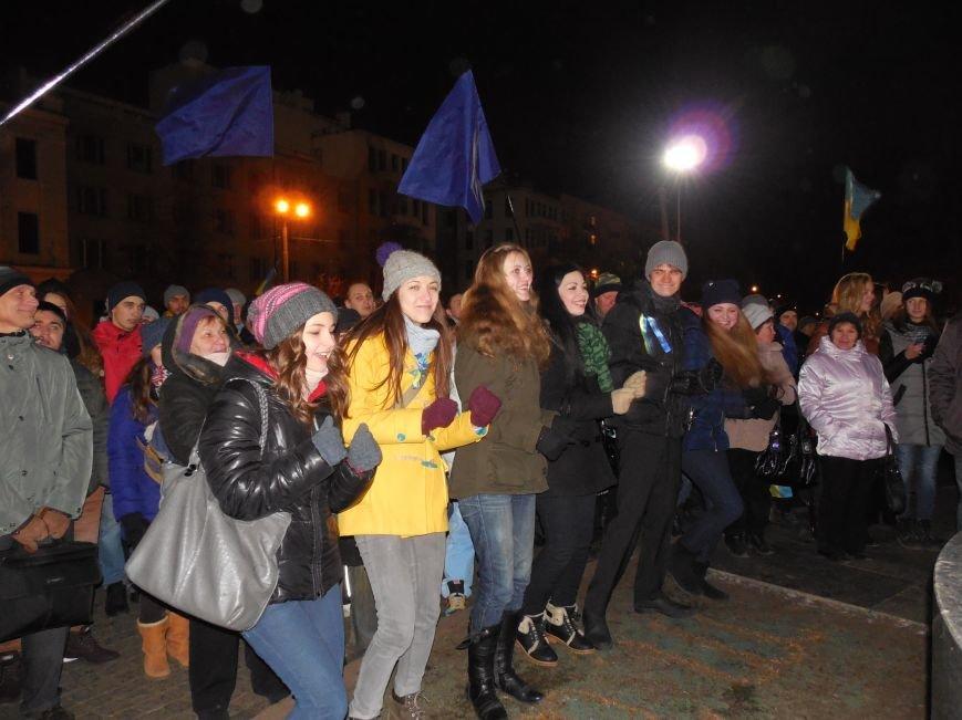 В поддержку «евромайдана» под памятником Шевченко выступили харьковские рокеры (фото, видео), фото-26