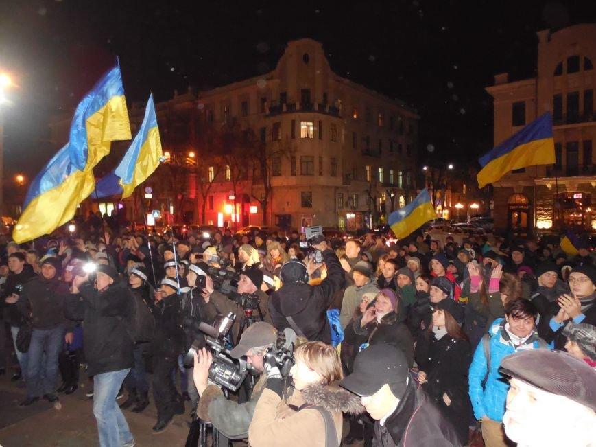 В поддержку «евромайдана» под памятником Шевченко выступили харьковские рокеры (фото, видео), фото-13
