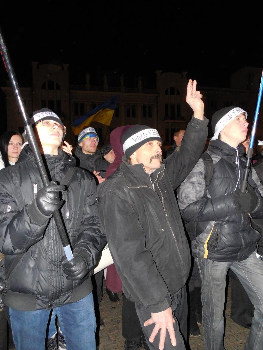 В поддержку «евромайдана» под памятником Шевченко выступили харьковские рокеры (фото, видео), фото-29