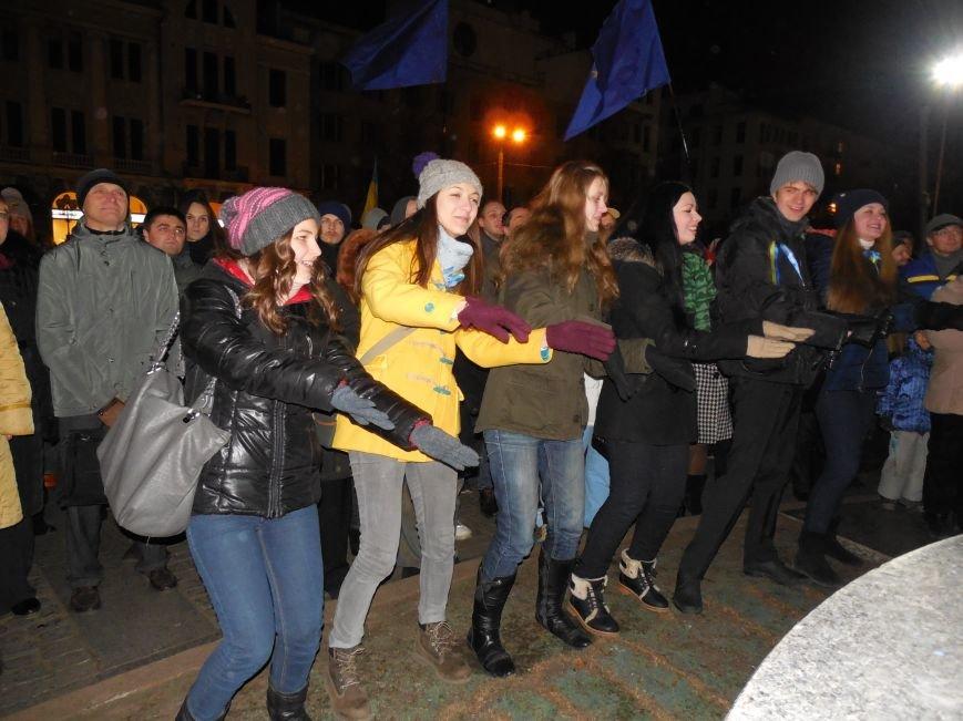 В поддержку «евромайдана» под памятником Шевченко выступили харьковские рокеры (фото, видео), фото-27