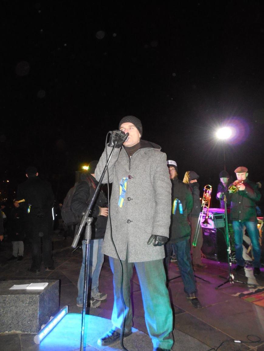 В поддержку «евромайдана» под памятником Шевченко выступили харьковские рокеры (фото, видео), фото-11
