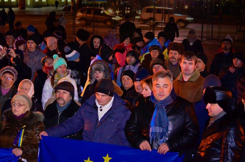 Луганчанам под елку пожелали нового Президента (ФОТО. ВИДЕО), фото-2