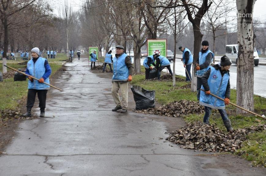 В Мариуполе волонтеры «Зеленого центра» предлагают сделать ремонт в подъездах, фото-1