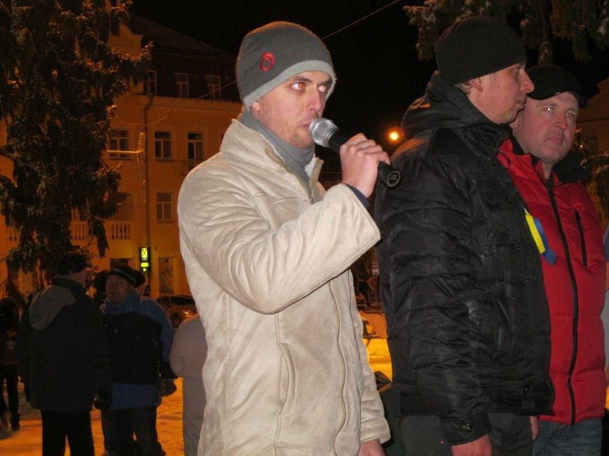 Черниговский «евромайдан» дал деньги на лечение пострадавшему в Киеве журналисту (ФОТО), фото-2