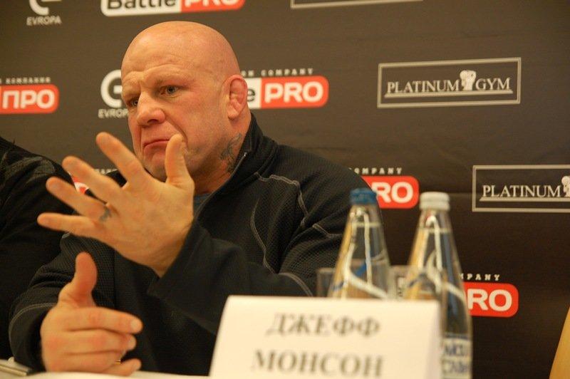 Как в Белгороде встречали Джеффа Монсона и что он рассказал местным журналистам [видео], фото-2