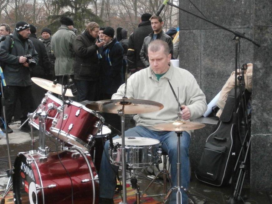 Революция и «Левобережный рок»: в Харьков съехались музыканты со всей восточной Украины поддержать участников «евромайдана» (фото), фото-47