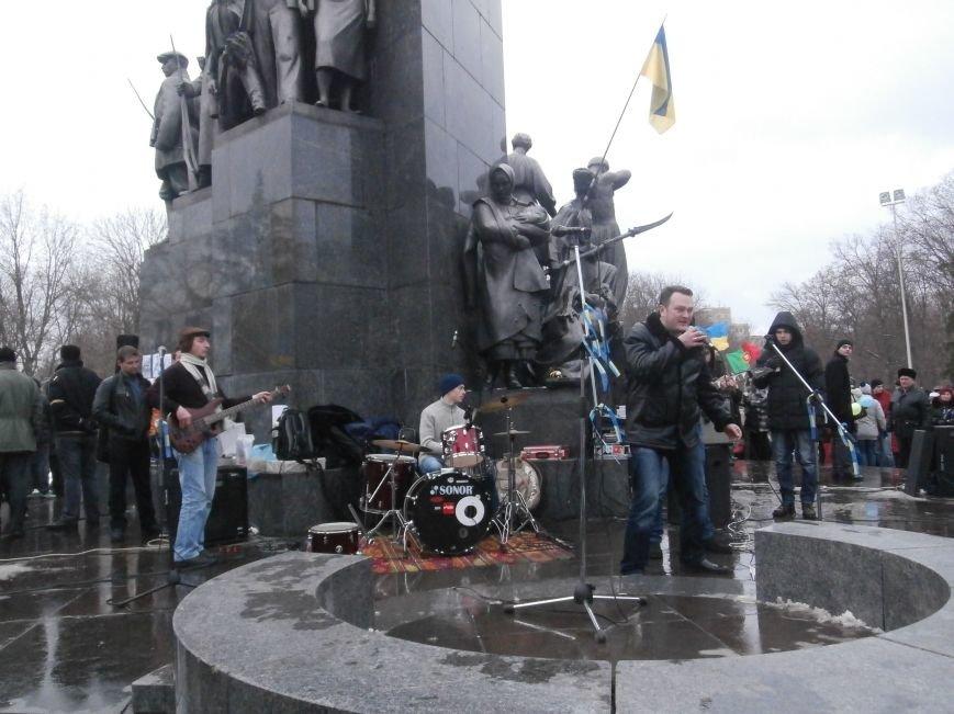 Революция и «Левобережный рок»: в Харьков съехались музыканты со всей восточной Украины поддержать участников «евромайдана» (фото), фото-55