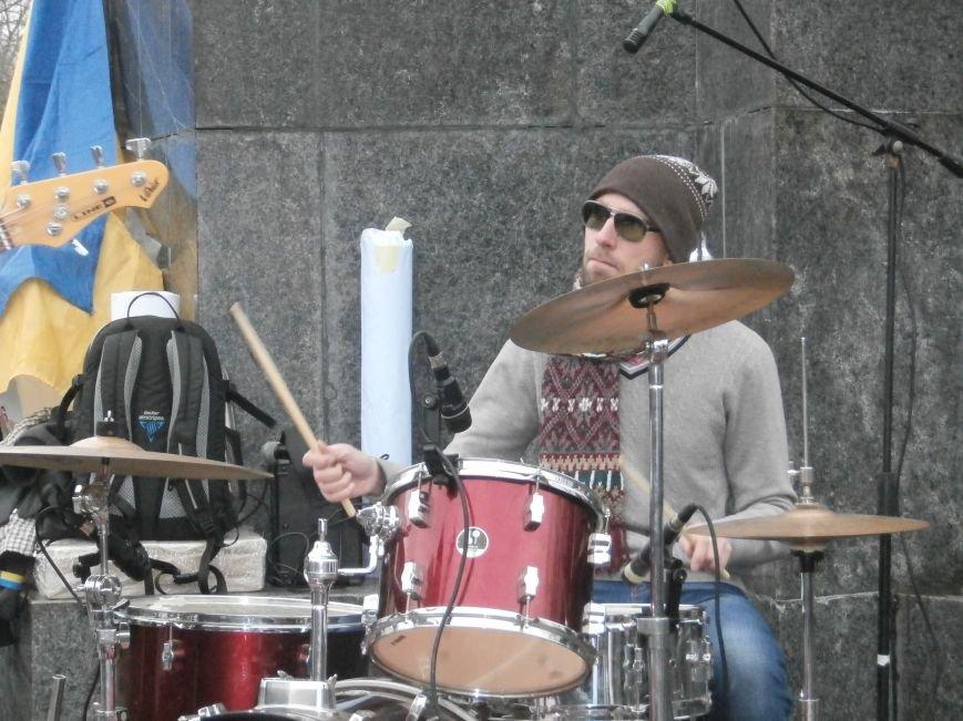 Революция и «Левобережный рок»: в Харьков съехались музыканты со всей восточной Украины поддержать участников «евромайдана» (фото), фото-33