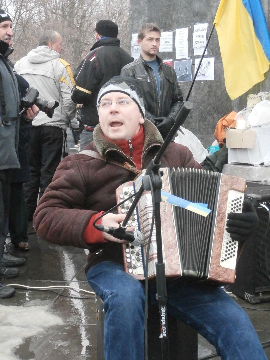 Революция и «Левобережный рок»: в Харьков съехались музыканты со всей восточной Украины поддержать участников «евромайдана» (фото), фото-49