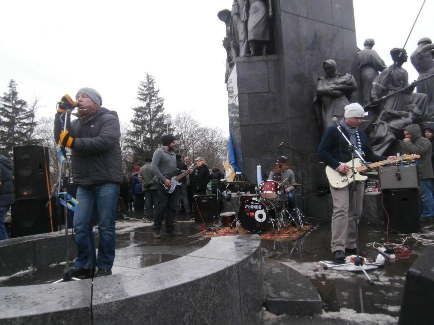 Революция и «Левобережный рок»: в Харьков съехались музыканты со всей восточной Украины поддержать участников «евромайдана» (фото), фото-32