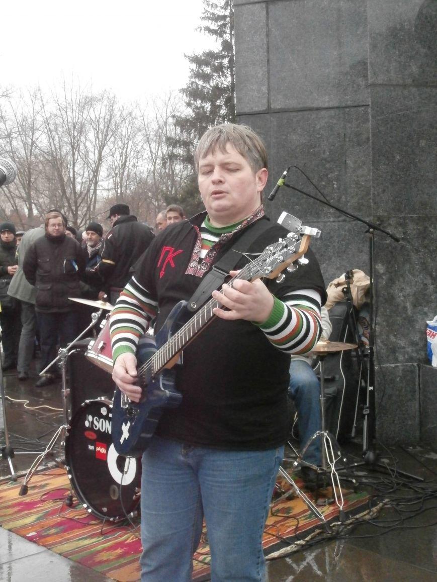 Революция и «Левобережный рок»: в Харьков съехались музыканты со всей восточной Украины поддержать участников «евромайдана» (фото), фото-46
