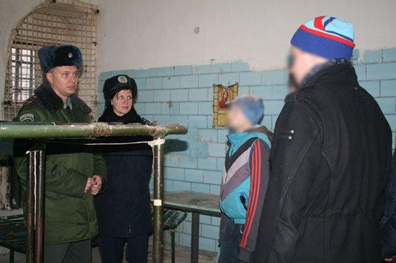 «Тяжелым» черниговским подросткам показали их возможное будущее, фото-2