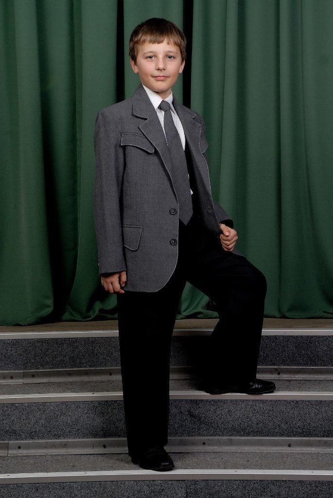 «Главное – чтобы костюмчик сидел» - говорит профессиональный дизайнер г. Красноармейска Виктория Карпова (ВИДЕО), фото-18