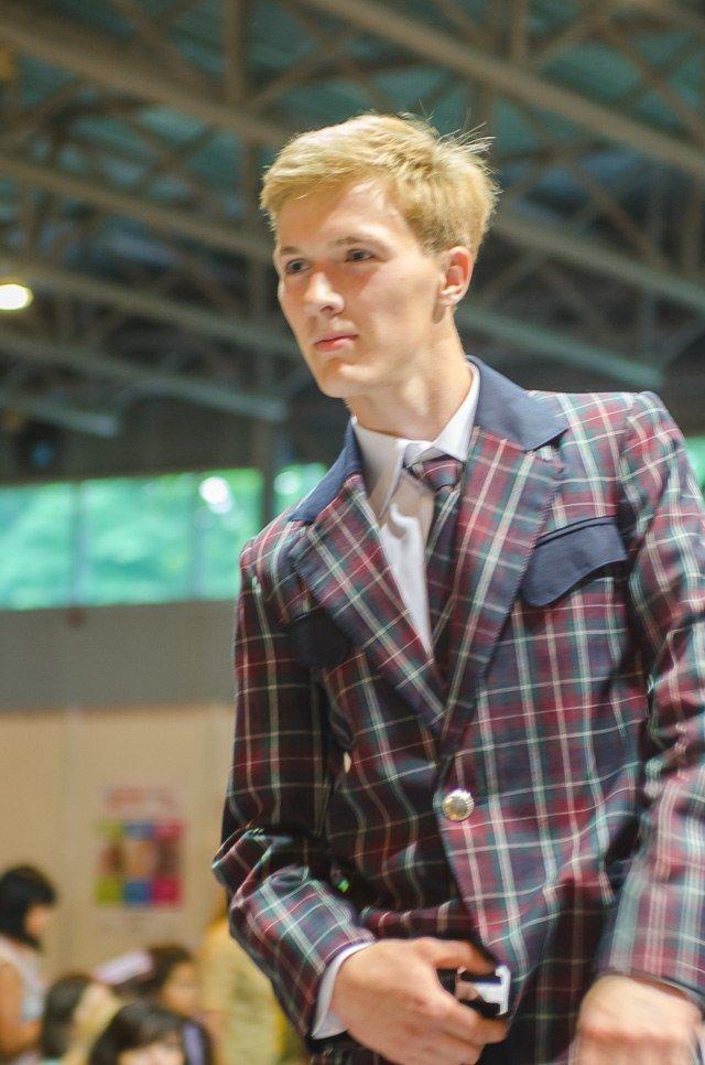 «Главное – чтобы костюмчик сидел» - говорит профессиональный дизайнер г. Красноармейска Виктория Карпова (ВИДЕО), фото-17