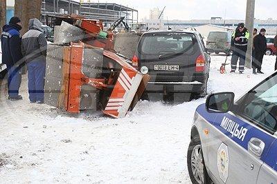 20131210_гродно_упало два катка-1