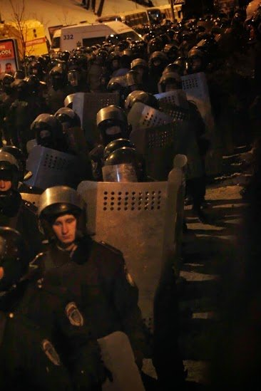 Після цієї ночі народ ніколи не пробачать владу – нардеп (ФОТОРЕПОРТАЖ), фото-11