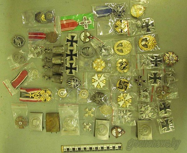 20131211_гродно_гродненец_незаконно ввезти более 100 раритетных и военных коллекционер-2