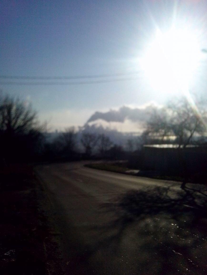 Мариупольцев напугал странный гул и фиолетовый дым (ФОТО+ВИДЕО), фото-3