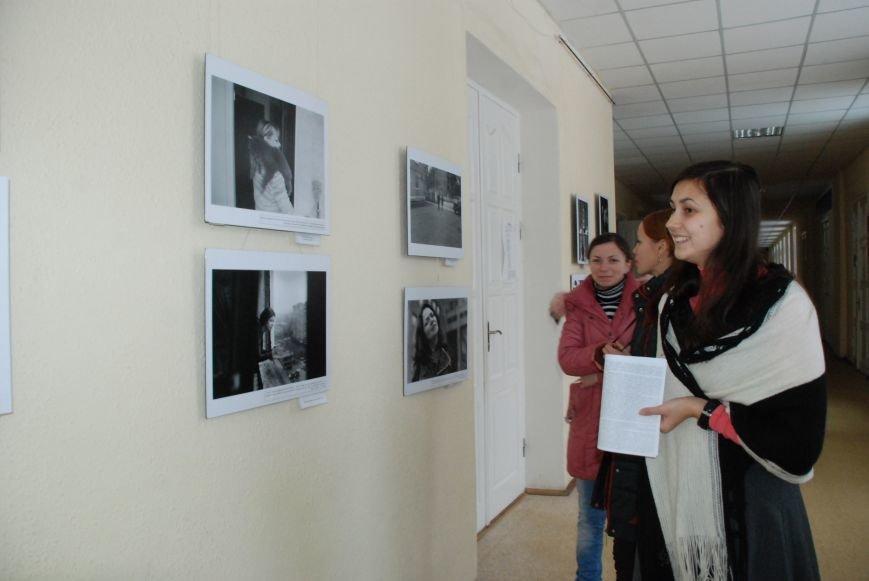 Черниговцам показали фотографии ВИЧ-позивных женщин (ФОТО), фото-4