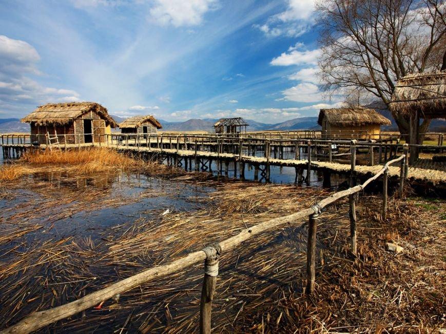 03_The-prehistoric-lakeside-settlement-of-Dispilio