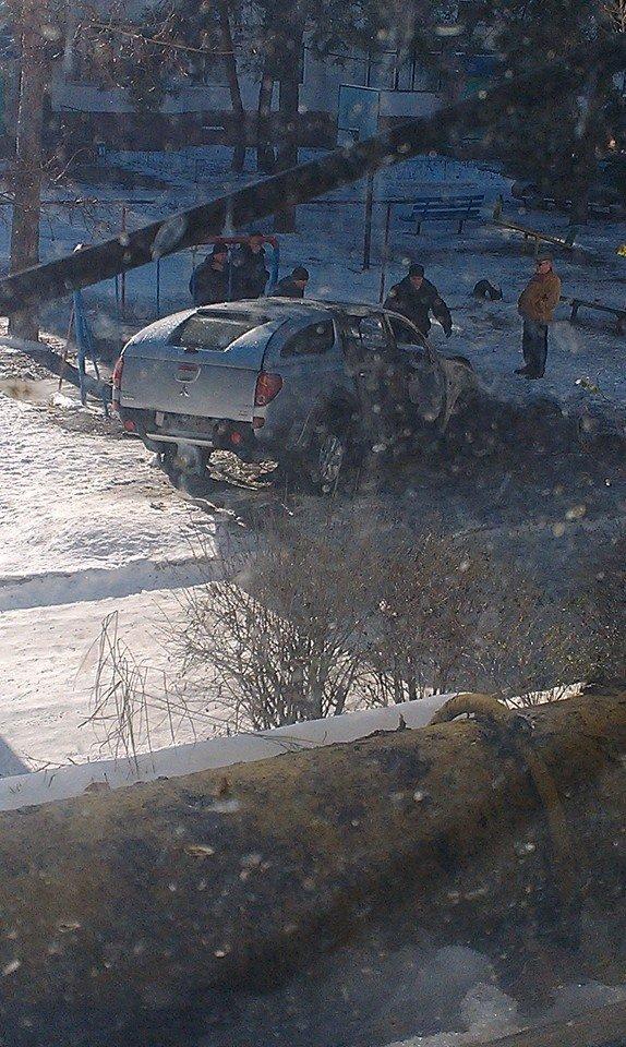 Харьковскому нардепу-националисту Игорю Швайке сожгли машину (фото), фото-3