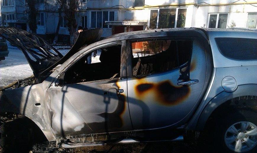 Харьковскому нардепу-националисту Игорю Швайке сожгли машину (фото), фото-7
