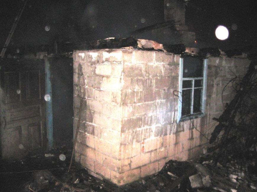 В Черниговской области сгорела легковушка, фото-1