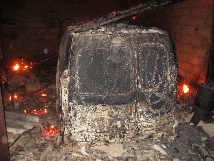 В Черниговской области сгорела легковушка, фото-2