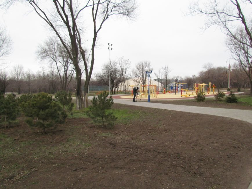 В Мариуполе строят европейскую площадку в парке им. Лепорского  (ФОТО), фото-8