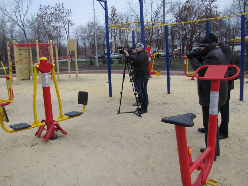 В Мариуполе строят европейскую площадку в парке им. Лепорского  (ФОТО), фото-2