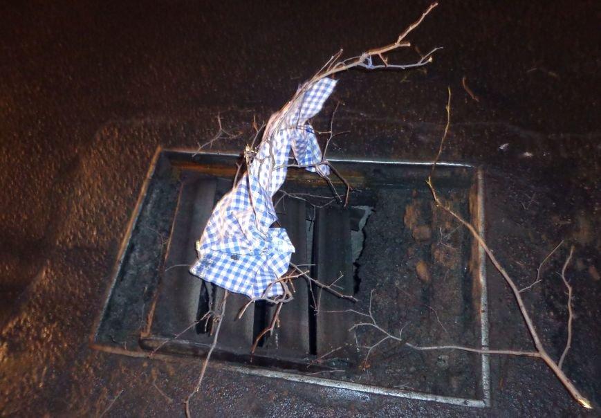 В центре Запорожья «Chevrolet» развернуло посреди дороги и авто едва не влетело в отбойник (ФОТО), фото-4