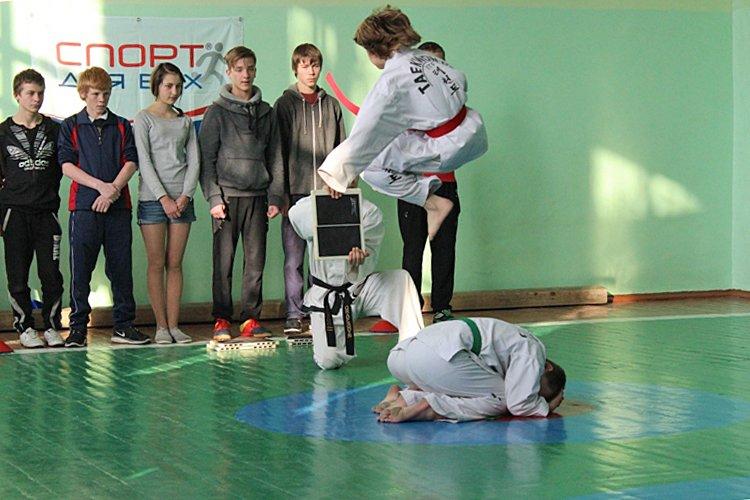 На Луганщине прошел спортивный праздник для детворы (ФОТО), фото-7