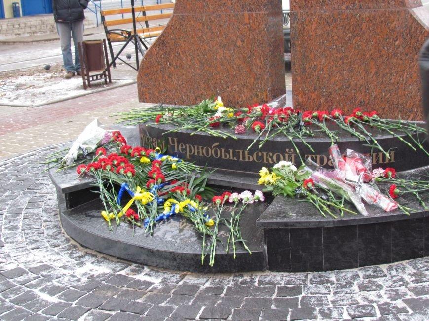 В Мариуполе на митинге чернобыльцы не радовались, а грустили (ФОТО), фото-4
