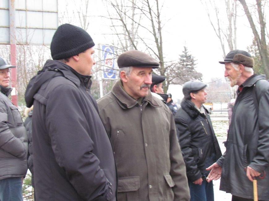 В Мариуполе на митинге чернобыльцы не радовались, а грустили (ФОТО), фото-1
