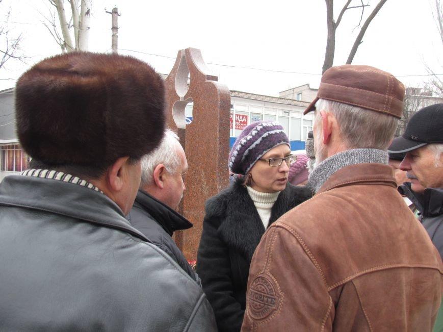 В Мариуполе на митинге чернобыльцы не радовались, а грустили (ФОТО), фото-5
