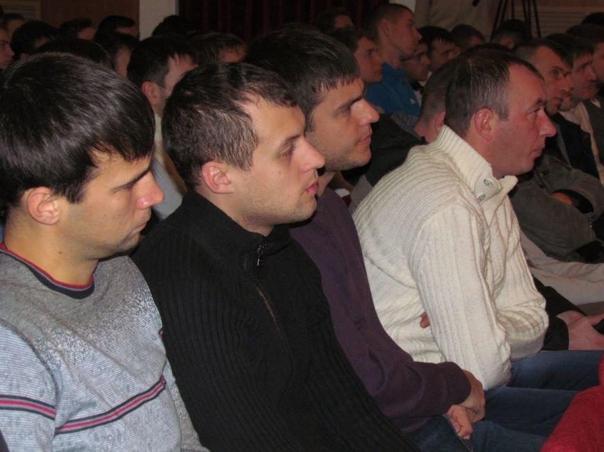 Мэр Мариуполя решил вернуть на стадионы болельщиков (ФОТО), фото-6