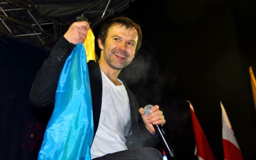 Вакарчук и «Океан Эльзы» в своем «золотом составе» всколыхнули Евромайдан (фоторепортаж), фото-10