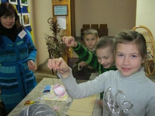 Черниговские школьники побывали в новогодней мастерской, фото-1
