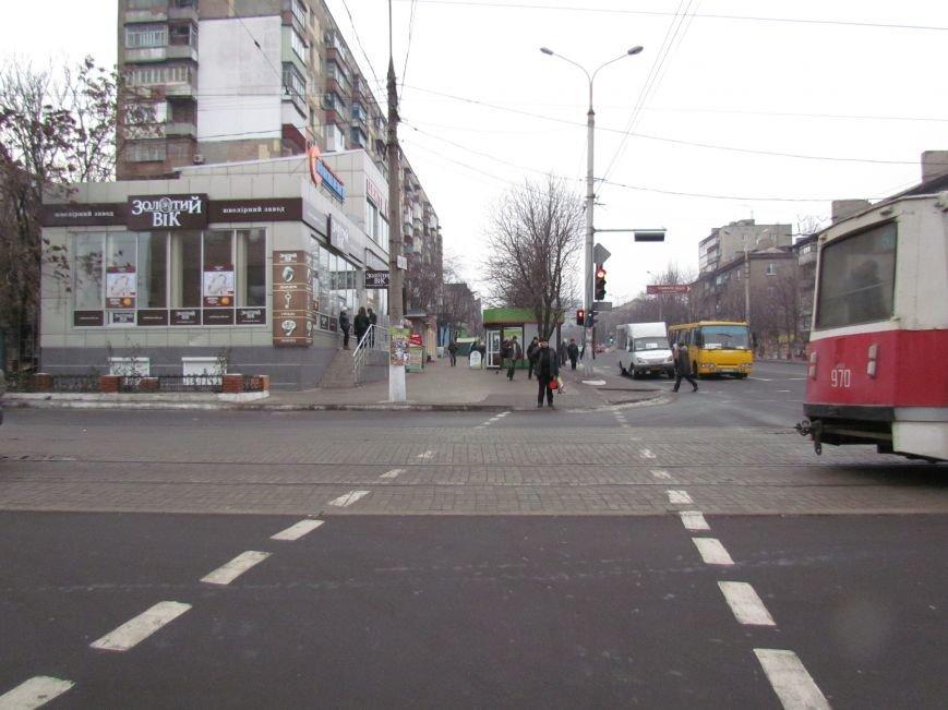 Мариупольцы обрадовались порядку на центральном перекрестке (Дополнено, ФОТОФАКТ), фото-3