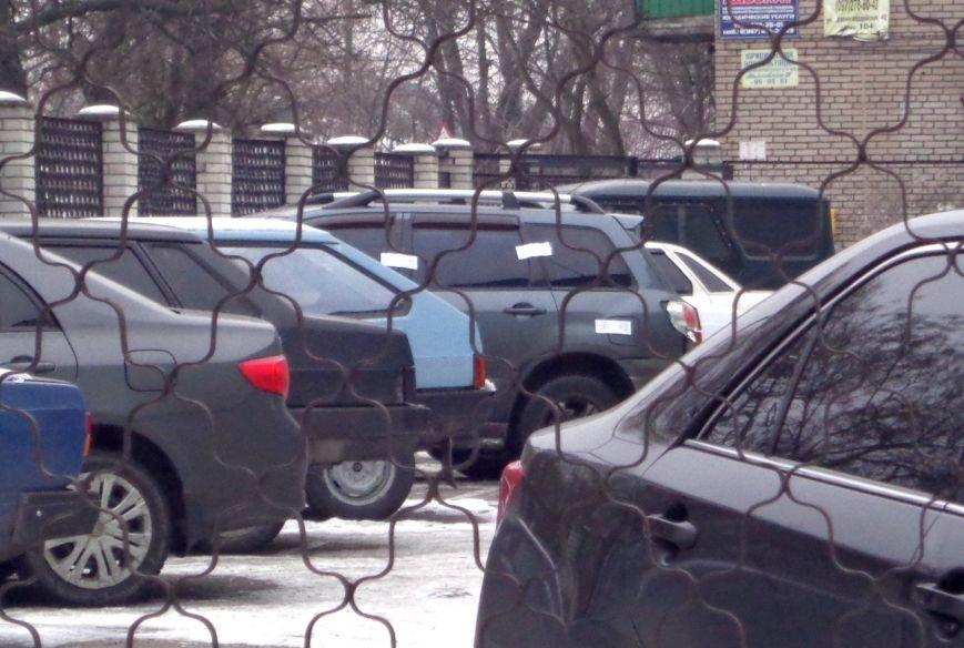 В Запорожье обстреляли автомобиль с водителем директора КП «ЭЛУАД» (ФОТО), фото-1