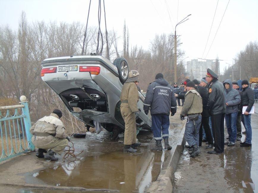 Трагедия на мосту в Кривом Роге: утонули трое детей и женщина-водитель (ФОТО, ВИДЕО), фото-5