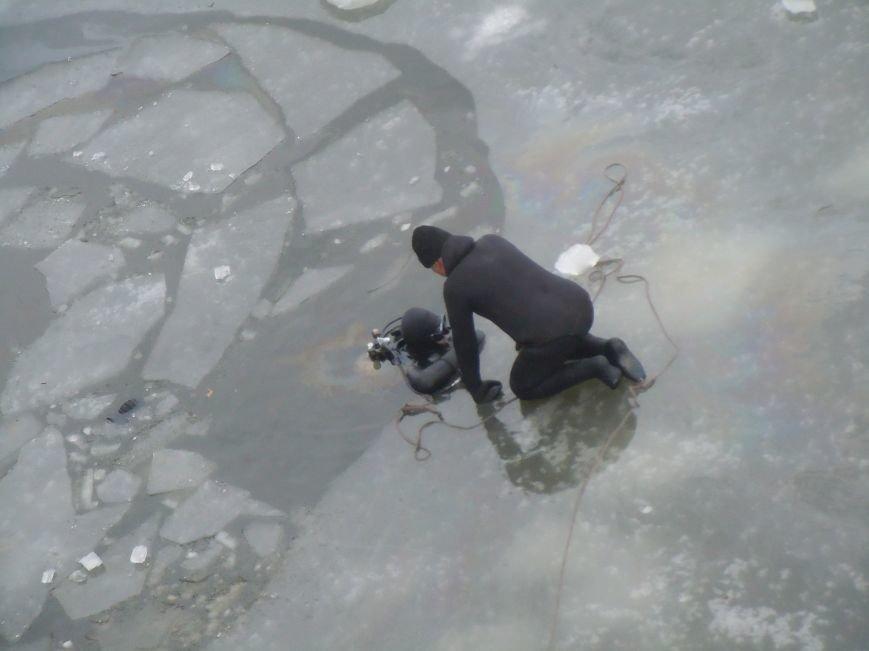 Трагедия на мосту в Кривом Роге: утонули трое детей и женщина-водитель (ФОТО, ВИДЕО), фото-2