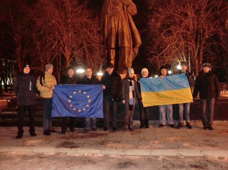 В Луганск привезли «трофейный» кусок киевского Ленина, фото-1