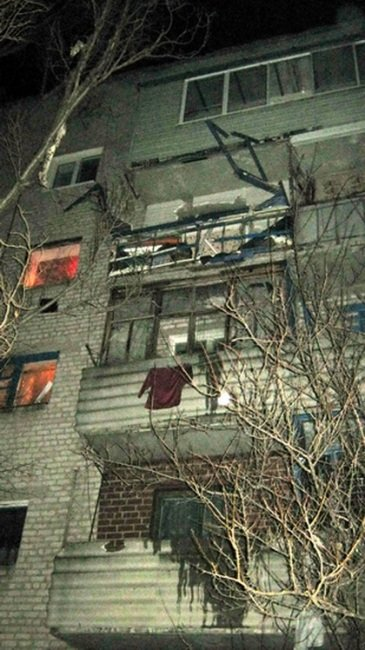 В Молодогвардейске в многоэтажном доме взорвался газ. Хозяин квартиры сильно обгорел (ФОТО, ВИДЕО), фото-4