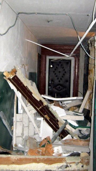 В Молодогвардейске в многоэтажном доме взорвался газ. Хозяин квартиры сильно обгорел (ФОТО, ВИДЕО), фото-1
